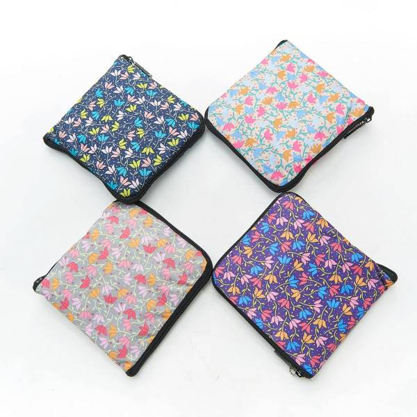 35234*Ditsy Doodle Foldable Weekend Bag Pack Of 4